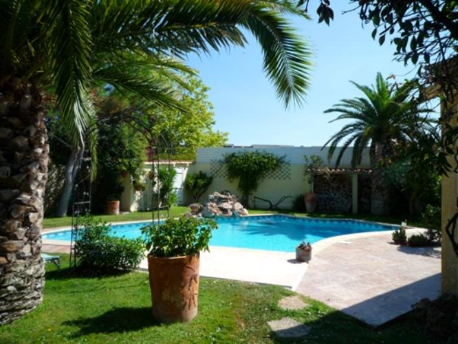Location villa piscine Montpellier 10 personnes  OD 10